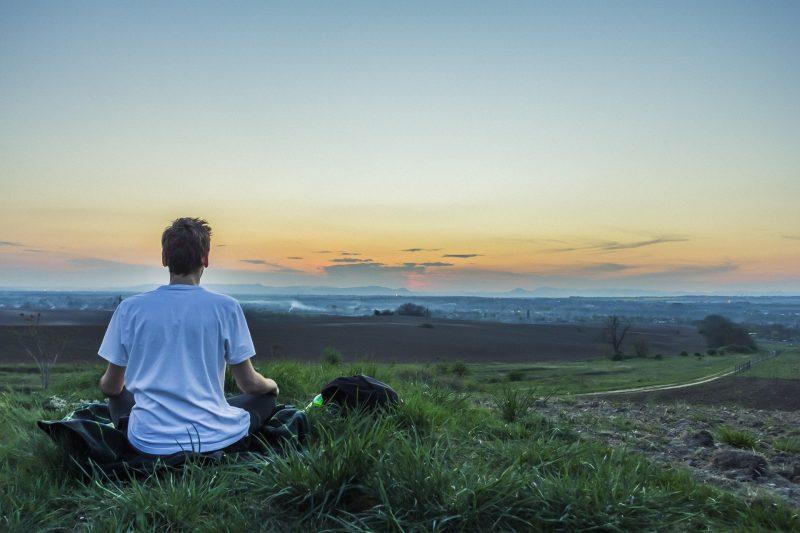 meditation-1287207_1920.jpg