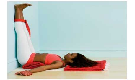 the 10 minute yoga exercise for working professionals